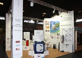 Exhibition stand for displaying ventilation products