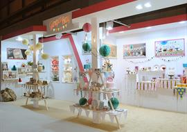 Exhibition stand for display of wedding and party goods